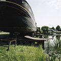 Zicht op scheepshelling voor de werkplaats - Sappemeer - 20388295 - RCE.jpg