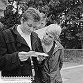 Zwemkampioenschappen van Nederland in Heerlen Erica Terpstra en Ineke Tigelaar, Bestanddeelnr 912-8069.jpg