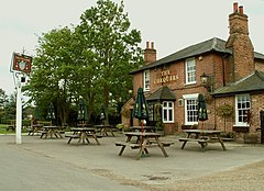 'The Chequers' public house, Matching Green, Essex - geograph.org.uk - 172069.jpg