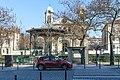 Église Saint-Jacques-et-Saint-Christophe de la Villette et square de la place de Bitche 01.jpg