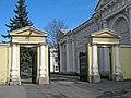 Аничков дворец. Внутренние ворота02.jpg