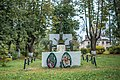 Валдай у вокзала памятник истории Пушка, установленная в честь трудовых подвигов валдайцев в годы Великой Отечественной войны (3.jpg