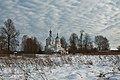 Церковь Николая Чудотворца с дороги.jpg