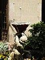 002 L'ou com balla al palau Requesens, seu de la Reial Acadèmia de Bones Lletres (Barcelona).jpg