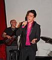 03Jun2012 Jose Enrique en el VIP presentando sus canciones.jpg
