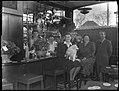 """04-03-1948 04377 Café """"de Hortus"""" (12632498554).jpg"""