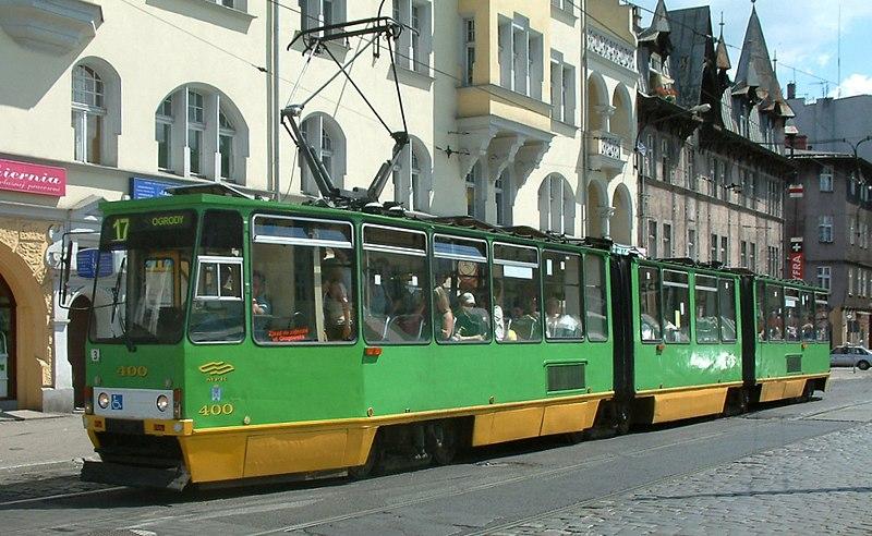 File:105N2 Poznań.jpg