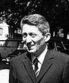 11.07.70 Affaire R. Trouvé-Birague. Le Dr. Birague au CRAC avec le Ministre Pons (1970) - 53Fi1638 (Bernard Pons).jpg