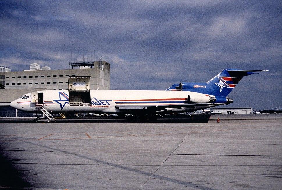 12eu - Amerijet International Boeing 727-233F; N994AJ@MIA;31.01.1998 (5327344810)