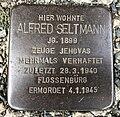 15.8.2018 Stolperstein von Alfred Seltmann Auerbach Vogtl. Liebknechtstr. 1a.JPG
