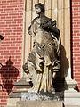 18. Weibliche Figur Heinrichsflügel Neues Palais Sanssouci Steffen Heilfort.JPG