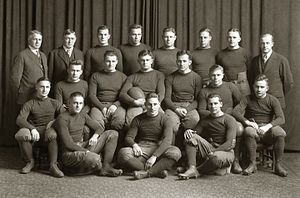1915 Michigan Wolverines football team.jpg