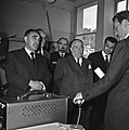 1957 Visite du ministre de l'agriculture Mr ANDRE DULIN au CNRZ-9-cliche Jean Joseph Weber.jpg