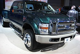 http://upload.wikimedia.org/wikipedia/commons/thumb/e/e6/2008-Ford-SuperDuty.jpg/260px-2008-Ford-SuperDuty.jpg