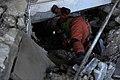 2010년 중앙119구조단 아이티 지진 국제출동100119 몬타나호텔 수색활동 (383).jpg