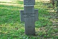 2017-09-28 GuentherZ Wien11 Zentralfriedhof Gruppe97 Soldatenfriedhof Wien (Zweiter Weltkrieg) (053).jpg