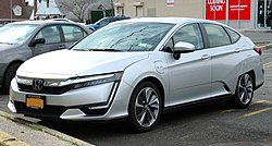 2018 Honda Clarity Touring Plug-in Hybrid 1.5L front 4.18.19.jpg