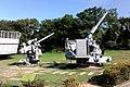 40公厘雙管砲與3吋50倍單管砲.jpg