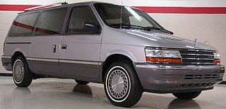 Chrysler minivan (AS) - Image: 91Plymouth Grand Voyager LE