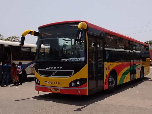 A Volvo B7RLE operating under the brand name of Metro Luxury by the Andhra Pradesh State Road Transport Corporation in Visakhapatnam.