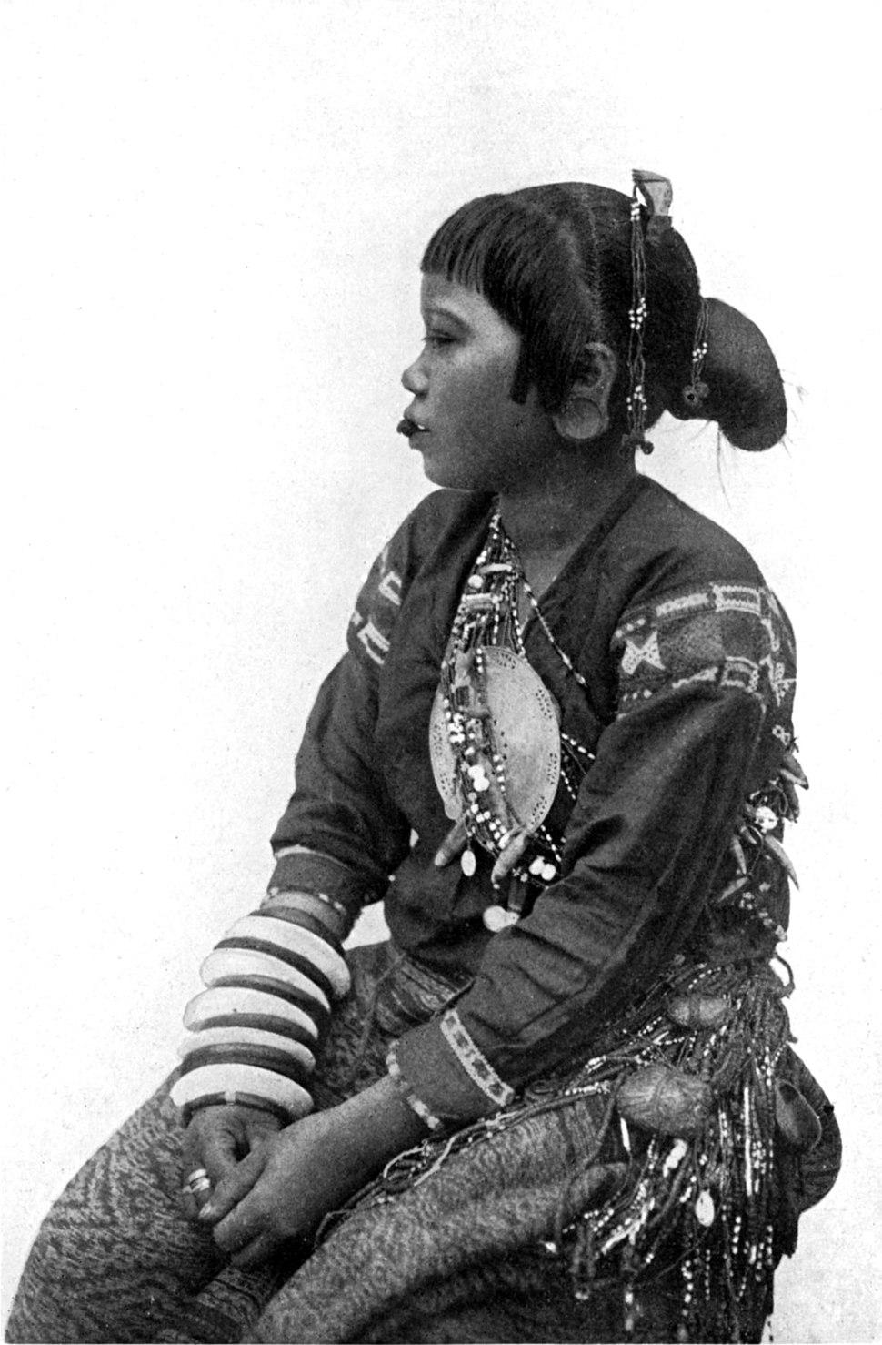 A Mangyan woman