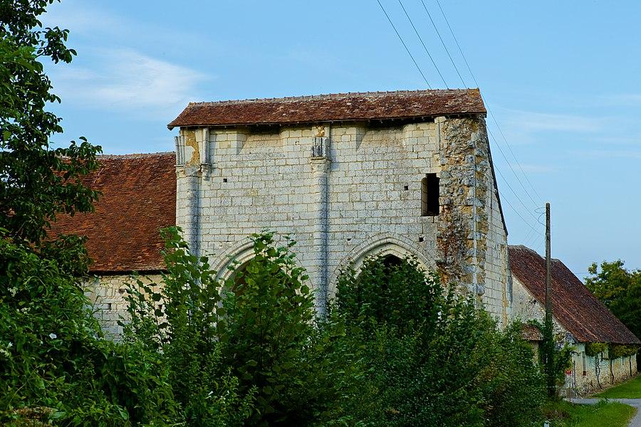 Sur les communes de Saint-Martin-De-Lamps et Frédille. Abbaye XII et XIIème siècle