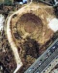 Aerial photo of Tōmizuka kofun tumulus in 1984.jpg