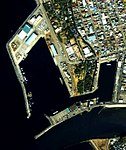 Aerial photograph of port of Numazu.jpg