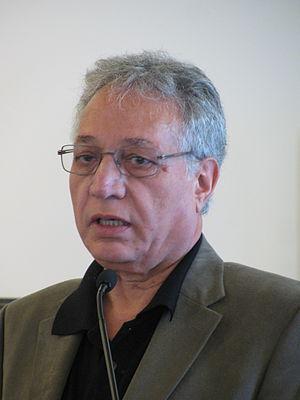 Ahmad Karimi-Hakkak - Image: Ahmad karimi hakkak 9658