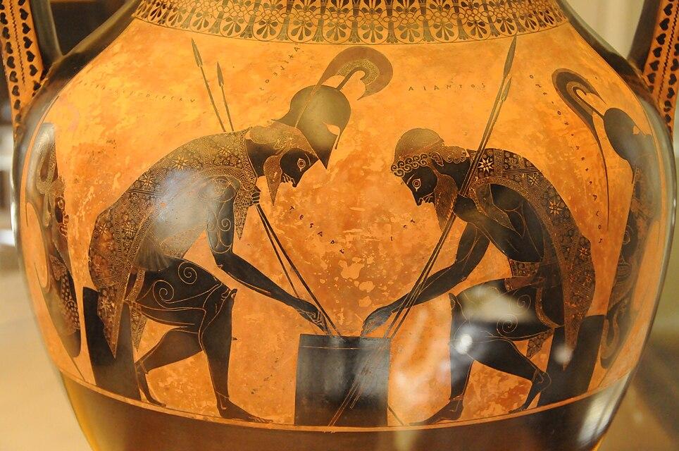 Aiace e Achille intenti a un gioco da tavolo, un tema ignoto all'epos omerico, ma popolare nella pittura vascolare. Anfora a figure nere dai Musei Vaticani