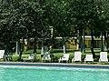 Alberca principal del hotel Misión Comanjilla en Silao, Guanajuato.jpg