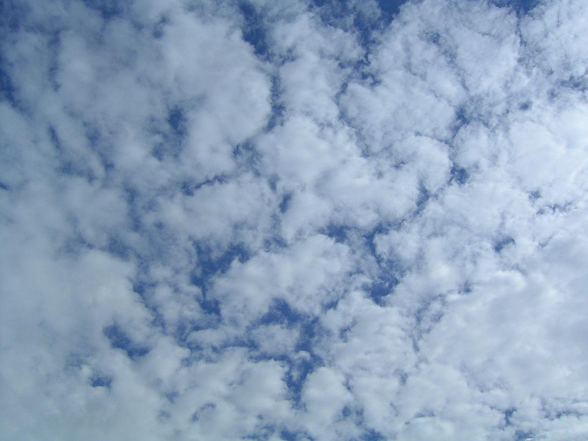 Altocumulus clouds - Wolken Wetter
