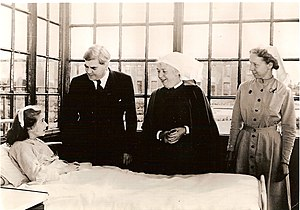 History of the National Health Service - Anenurin Bevan, Minister of Health, on the first day of the National Health Service, 5 July 1948 at Park Hospital, Davyhulme, near Manchester