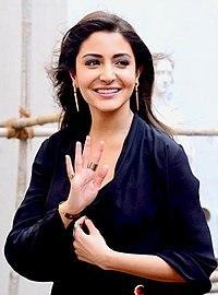 Anushka Sharma promoting Zero.jpg