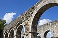 Arcos das ruínas da abadía de Roma.jpg