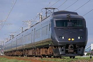 <i>Ariake</i> (train)