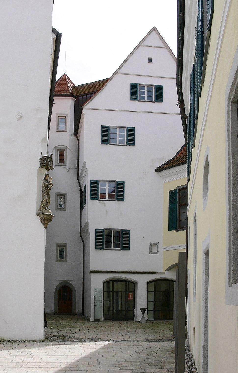 Aulendorf Schlosshof 1