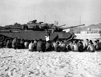 Centurion (tank) - Troops of the 1st Armoured Regiment during a briefing at Vung Tau