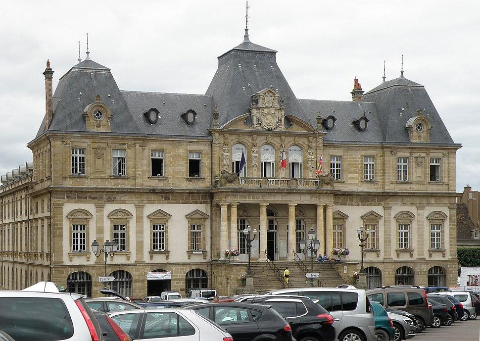 Autun Hôtel de ville 3