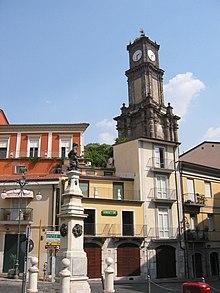 Torre dell'Orologio e statua di Carlo II d'Asburgo bambino, detto