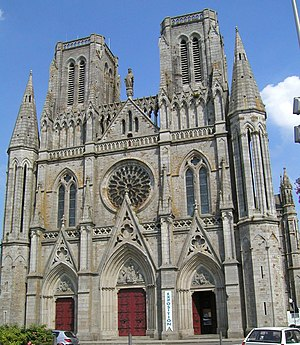Avranches - Image: Avranchescathedrale 1