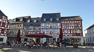 Bad Camberg, Marktplatz 7-11.jpg