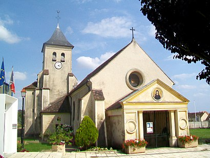 How to get to Baillet-En-France with public transit - About the place