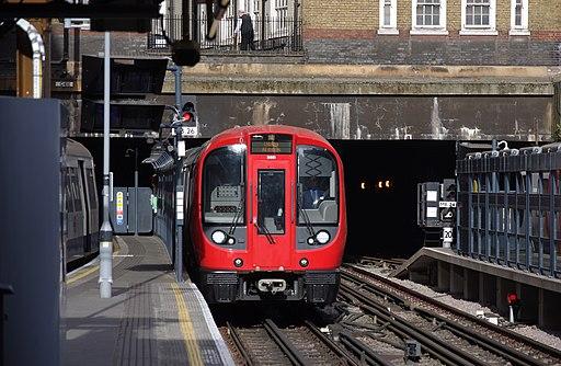 Baker Street tube station MMB 08