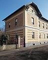 Baross Gábor tér 4, műemlék szolgálati lakóépület, 2019 Aszód.jpg
