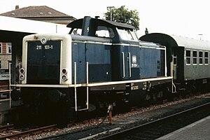 DB Class V 100 - Image: Baureihe 211 101 1 1