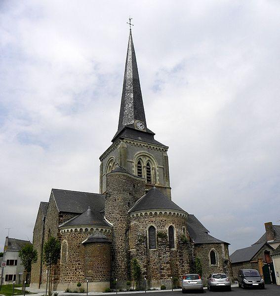 Église Saint-Victeur de Bazougers (53). Chevet.