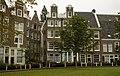 Begijnhof Amsterdam - panoramio - Arwin Meijer (1).jpg