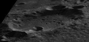 Bellinsgauzen (crater) - Oblique Lunar Orbiter 5 image