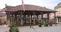 Belvès Mercado cubierto.jpg